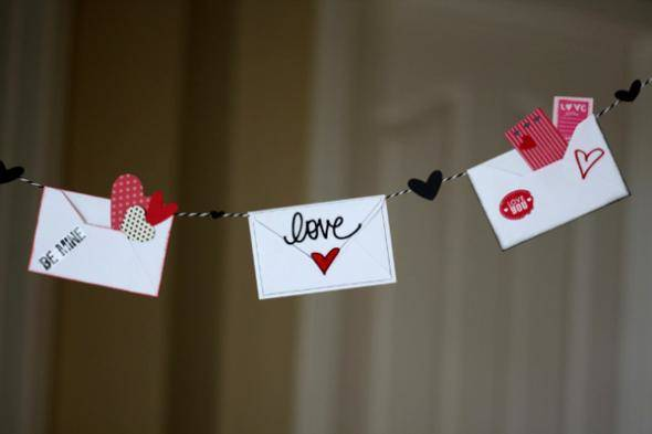 2013-01-10_allan_valentines-day-decorations-love-letter-banner-5