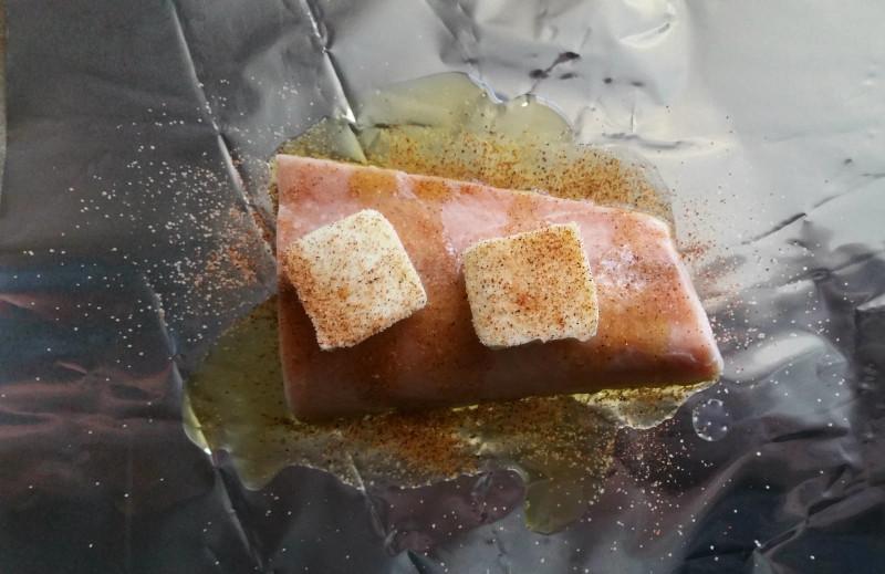 Cajun Salmon and Cheesy Grits